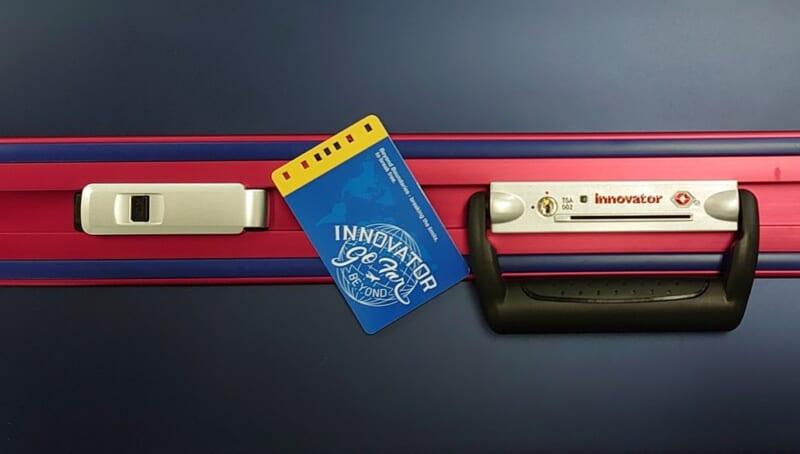 カードロックタイプのスーツケース