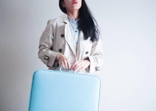 重たいスーツケース