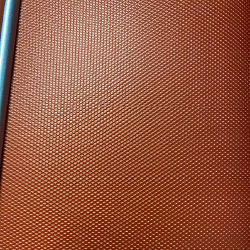 エンボス加工のスーツケース