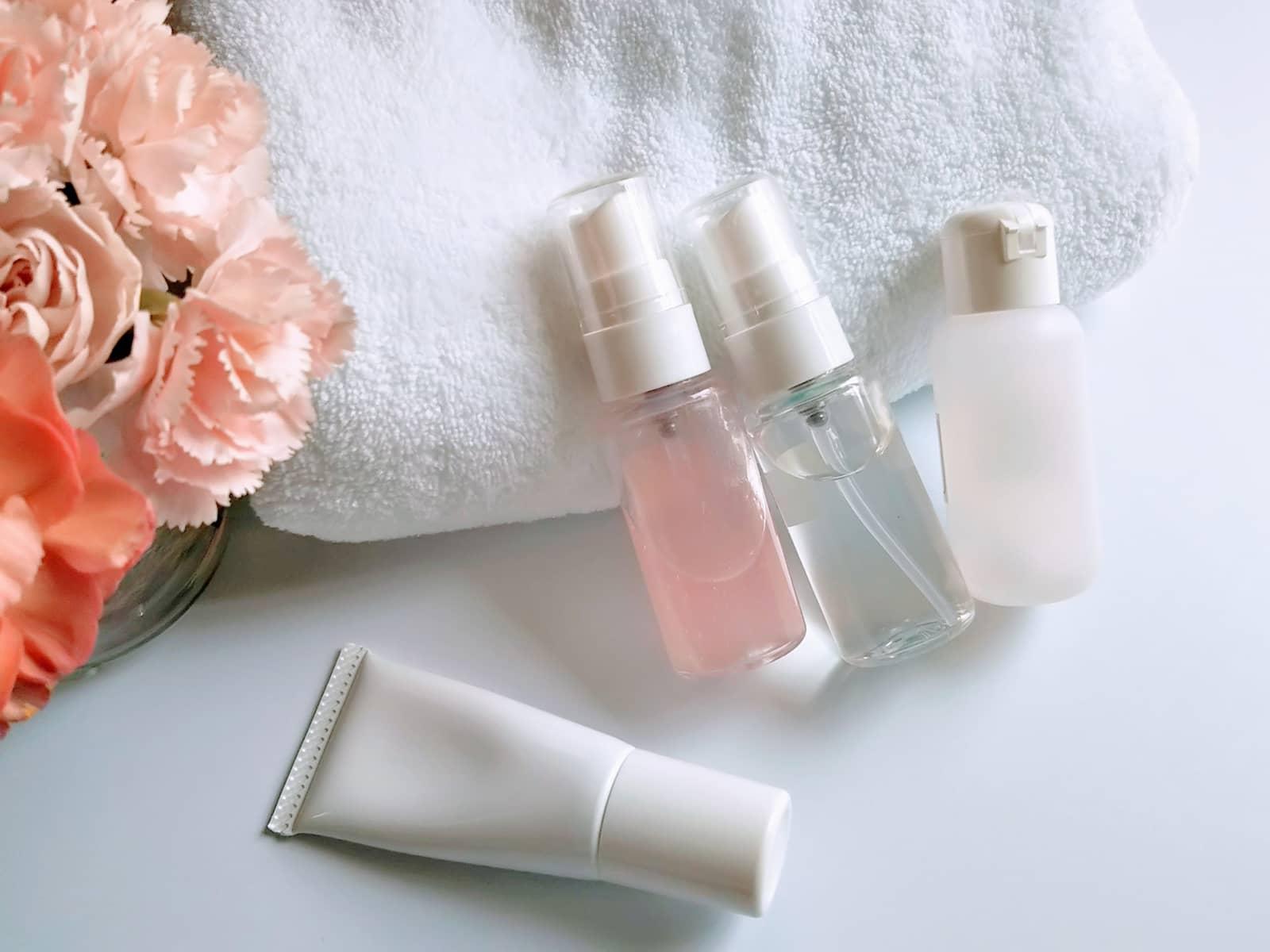 洗面用具、化粧品