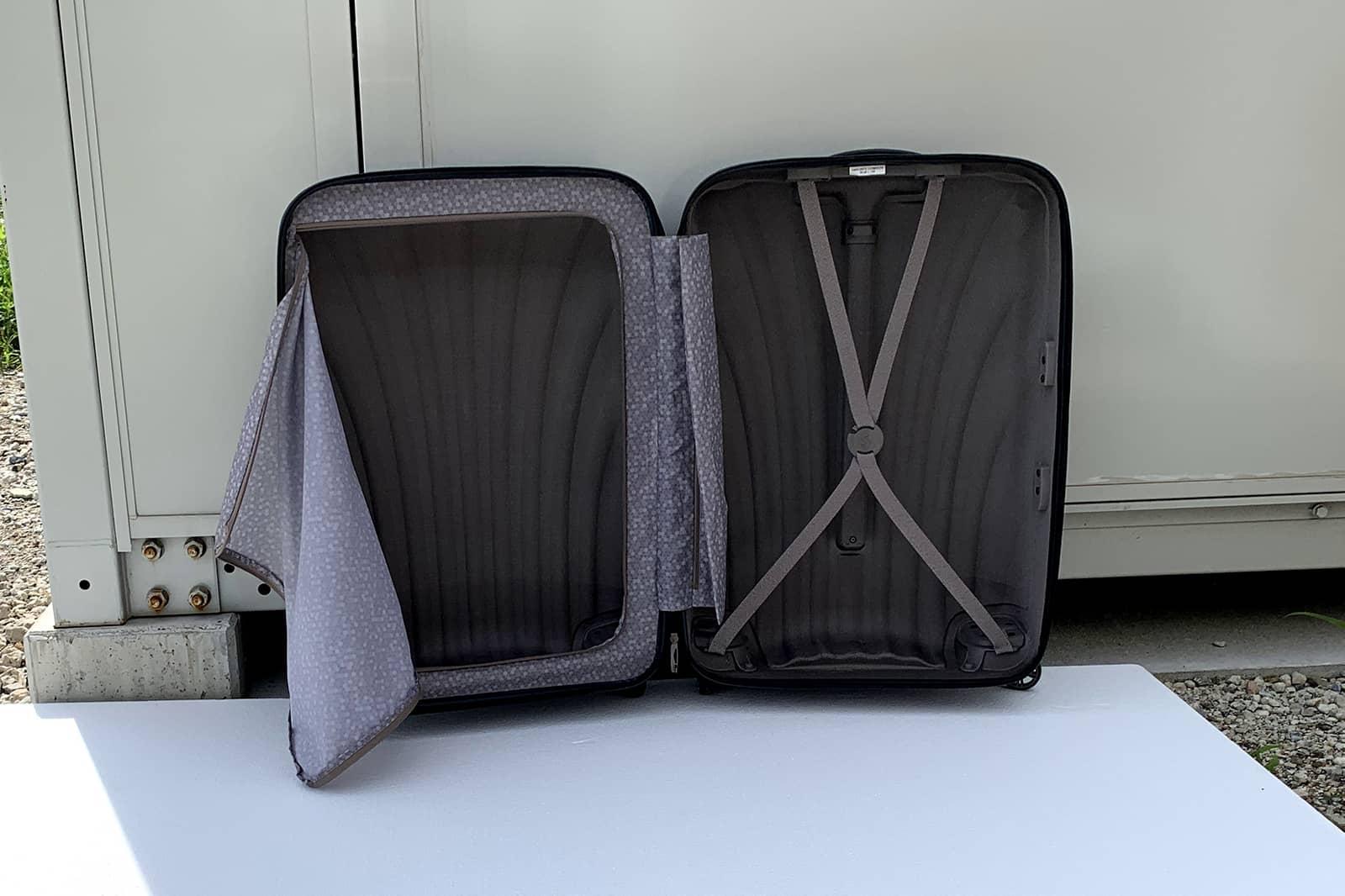 スーツケース日陰干し