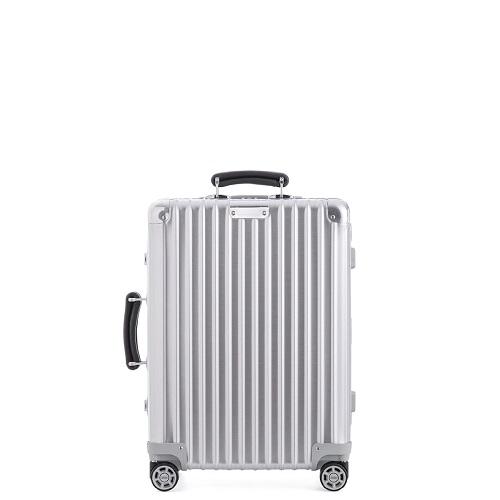 リモワのアルミニウム製スーツケース
