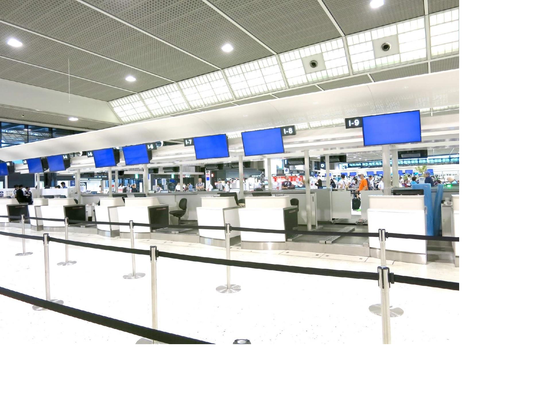 空港手荷物預け入れカウンター