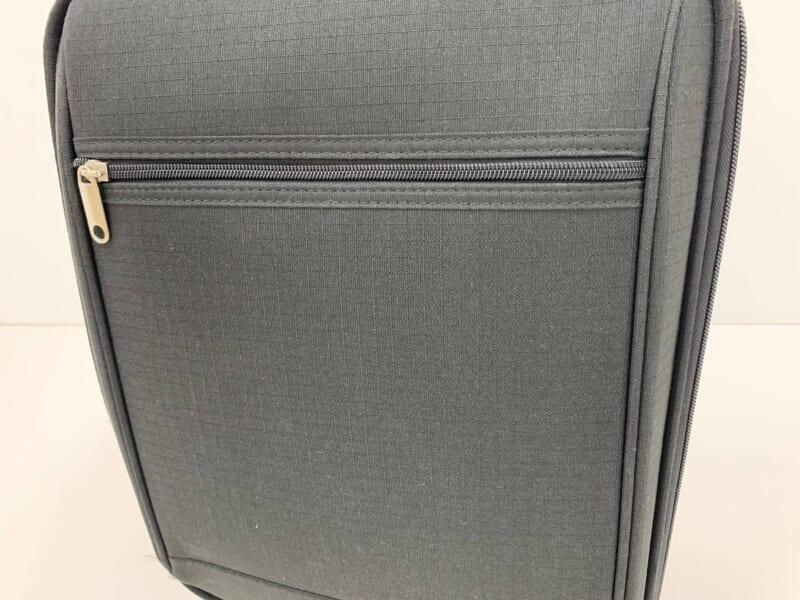 落下衝撃後の損傷の見当たらないスーツケース(ソフトタイプ)