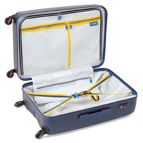 デザインにこだわりのあるスーツケース(内装)