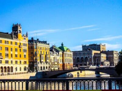スウェーデンの美しい街並みと橋