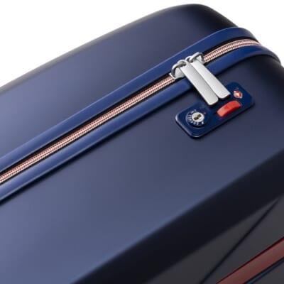イノベーターのスーツケースのファスナータブと鍵